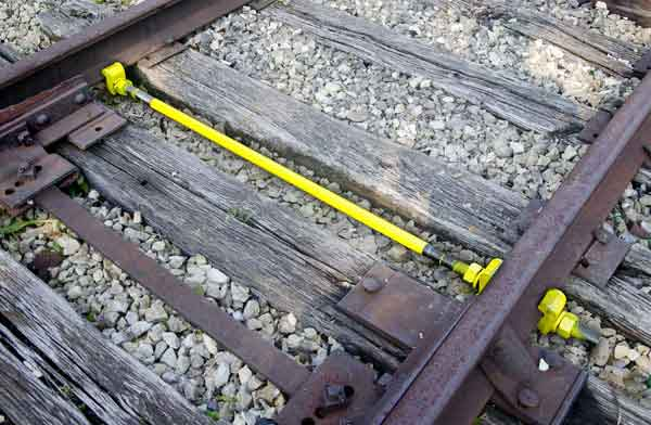 rail gauge rod in application
