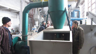 hammer mill with cyclone